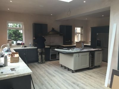 kitchen fitters in edinburgh